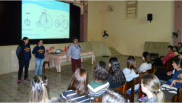 International School: Oficina de pais